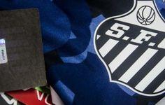 Santos coloca selo holográfico em uniformes após denúncias de pirataria  http://santosjogafutebolarte.comunidades.net/seu-placar-de-santos-x-sao-paulo