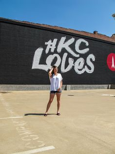 The Best Places to Instagram in Kansas City Kansas City Missouri, City Photography, Extreme Weather, New York Travel, Thailand Travel, Taking Pictures, The Good Place, Senior Pics, Senior Pictures