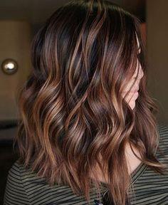 10 peinados largos balayage ombre de sutiles a impresionantes // # impresionantes . - 10 peinados largos balayage ombre de sutiles a impresionantes // # Impresionante # BalayageOmbré # - Root Beer Hair, Beer For Hair, Medium Hair Styles, Curly Hair Styles, Updo Styles, Hair Color Balayage, Balayage Ombre, Copper Balayage Brunette, Auburn Balayage
