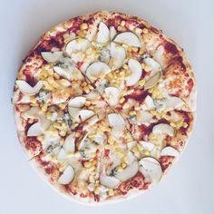 #pizza | gildafarcas | VSCO Grid Vsco Grid, Vegetable Pizza, Vegetables, Food, Essen, Vegetable Recipes, Meals, Yemek, Veggies