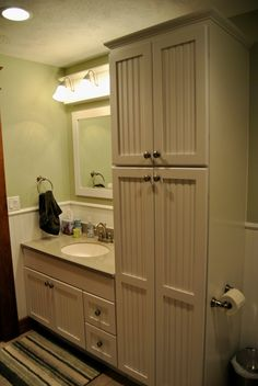 Bertch bath cabinets in quebec door style in birch with for Bathroom cabinets quebec