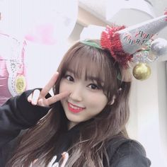 Mamamoo, Old Pictures, Ulzzang, Korean Idols, Kpop, Girls, Kawaii, Shapes, Twitter