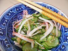 Sunomono com kani kama Asparagus, Green Beans, Zucchini, Vegetables, Eat, Cooking, Healthy, Recipes, Food