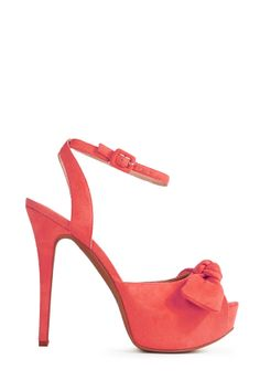 Behold the season's most perfect pump, Eliana by JustFab! Girly meets glamorous sophistication with this fresh pair.