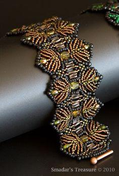 Beaded Bracelet in Dark Amber, Black and Olive Green, Feather / Fern Shaped Pattern. Beadwoven Bracelet. Wide Bracelet.