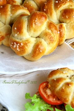 Sweet Pastries, Bread And Pastries, Bread Recipes, Cooking Recipes, Albanian Recipes, Czech Recipes, Good Food, Yummy Food, Salty Foods