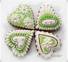Hearts in white & green by Irina on Cookie Connection
