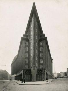 Kontorhaus Chilehaus, Hamburg, 1922-1924 Architekt: Fritz Höger Fotografie: Carl und Adolf Dransfeld Landesmuseum für Kunst und Kulturgeschichte Oldenburg