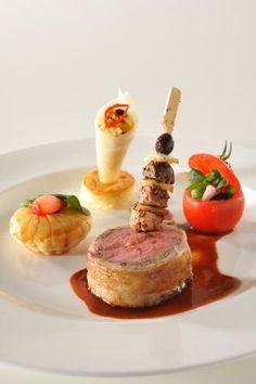 Bocuse d'or 2011 Indonesia- Lamb Wine Recipes, Gourmet Recipes, Cooking Recipes, Bocuse Dor, Posh Nosh, Modernist Cuisine, Molecular Gastronomy, Culinary Arts, Creative Food