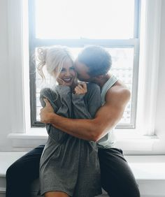 Smooth Legs with EOS - Barefoot Blonde by Amber Fillerup Clark Boudoir Couple, Couple Posing, Couple Shoot, Couple In Love, Photo Couple, Couple Goals, Cute Relationships, Relationship Goals, Healthy Relationships