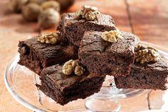 Μπράουνις (brownies) με σοκολάτα και καρύδια