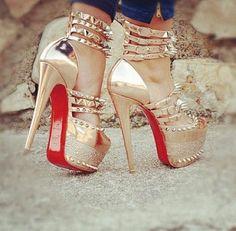 #fashionaddict #instamode #outfitiftheday #lookoftheday #instaglam #ladies #fashiondiaries #Louboutin #style #girlystyle #mylook #girly #ootd #dressy #Christian #women #woman #trendy #instalooks #outfit #instalook https://goo.gl/fW4kQc