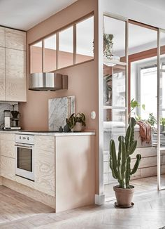 Modern kitchen design brings surprising material combinations and offers avant-garde ideas Small Apartment Bedrooms, Apartment Kitchen, Small Apartments, Small Spaces, Cafe Interior, Interior Exterior, Apartment Interior, Apartment Design, Dream Apartment