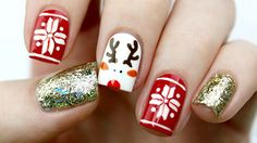 11 Holiday Nail Art Designs Too Pretty To Pass Up - Makeup Tutorials-Chanel your nail junkie self with these nail art designs and deck your nails with these sparkly hollies and snowflakes holiday nail art designs! Holiday Nail Designs, Cute Nail Art Designs, Holiday Nail Art, Christmas Nail Art, Acrylic Nail Designs, Christmas Holiday, Elegant Christmas, Acrylic Nails, Nail Art Simple