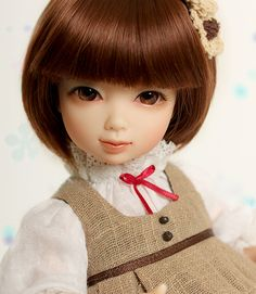 "Nami Iple House Doll 10"" tall. Soooo Sweet!  http://iplehouse.com/home/shop/item.php?it_id=1320363579"