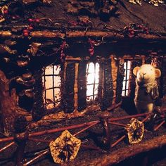 What one may see as just a piece of bark or a fallen berry, #Holiday #TrainShow creator Paul Busse envisions as stone on the Brooklyn Bridge or an #ornament on St. Patrick's #Cathedral. #followlittlemouse