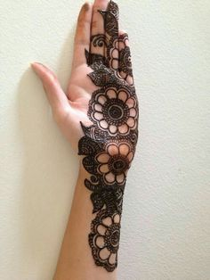 Hina, hina or of any other mehandi designs you want to for your or any other all designs you can see on this page. modern, and mehndi designs Mehndi Designs Book, Simple Arabic Mehndi Designs, Modern Mehndi Designs, Bridal Henna Designs, Mehndi Design Pictures, Mehndi Designs For Fingers, Latest Mehndi Designs, Mehndi Designs For Girls, Henna Tattoo Designs