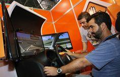 A partir de 14 de dezembro, quem quiser ter CNH na categoria B (carro) terá que realizar cinco horas/aula em um simulador de direção veicular