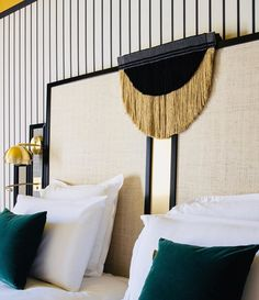 Une interprétation tout en élégance et en originalité de nos effilés «Ebony» pour orner les têtes de lit de l'@hotel.roosevelt ! Bravo et…