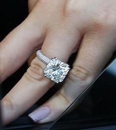 Love this style ring. :)