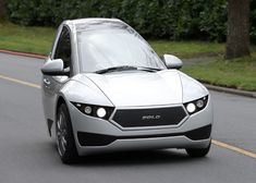 Solo electric three-wheeler by Electra Meccanica