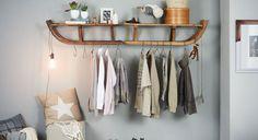 Mit einem Schlitten kannst du nicht nur die Piste hinunterfahren, du kannst daraus auch eine megacoole Garderobe basteln. Hereinspaziert!
