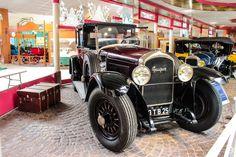 #Peugeot #Type_174 au Musée de l'Aventure #Peugeot  Reportage complet : http://newsdanciennes.com/2015/08/19/on-a-teste-pour-vous-le-musee-de-laventure-peugeot/ #classiccar #voiture #ancienne #vintage