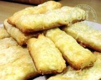 Sajtos rúd diabetikus lisztből Snack Recipes, Snacks, Rum, Paleo, Chips, Dairy, Food, Tapas Food, Appetizer Recipes