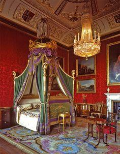 The King's bedchamber at Windsor Castle, Berkshire, UK