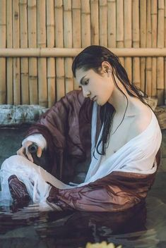 Maybe draw hair long and in the water kinda of squiggly Pose Reference Photo, Art Reference Poses, Art Poses, Drawing Poses, Hanfu, Kalluto Zoldyck, Asian Male Model, Boys Long Hairstyles, Fantasy