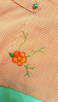 babyknopfauge: Omis 60`s Kleid  https://babyknopfauge.blogspot.de/2016/10/omis-60s-kleid.html  Die weltbeste Omi, hat meiner Mutter damals vor vielen vielen Jahren dieses Kleid von Hand geschneidert! Es hat wirklich bereits Geschichten, Jahrzehnte und Kontinente durchlebt und ist ein wahres Unikat.  Leben tut es immer noch, Dank ihrer Liebe zum Detail.  Obrigada Avó Rosa!  #handarbeit #Handgenäht #Kinderkleidung #Mädchenkleider #nähen #Oma #Omis #60s #Kleid #Stickerei #Unikat #Vintage #V