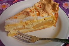 Apple quark cake by julejessi Sicilian Recipes, Greek Recipes, Mexican Food Recipes, Vegetarian Recipes, Italian Pastries, French Pastries, Romanian Food, Pan Dulce, French Desserts