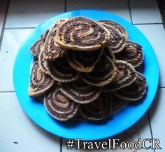 Galletas Espirales de Vainilla y Chocolate  Deliciosas, Diferentes Y Prácticas !!!  Link: http://travelfoodcr.weebly.com/blog/galletas-espirales-de-vainilla-y-chocolate