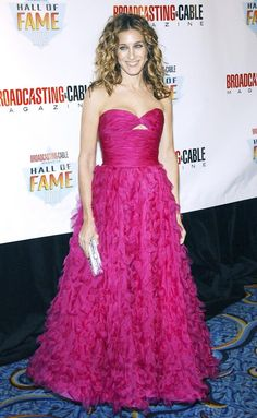 November 10, 2003  Where: At the Broadcasting & Cable Gala.   What: Dress by Oscar de la Renta.