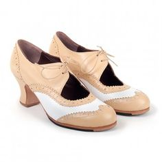 Txell Flamenco Shoes, Oxford Shoes, Shopping, Passion, Women, Boots, Types Of Heels, Shoe, Woman