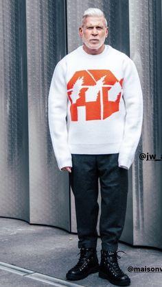 Nick Wooster, Graphic Sweatshirt, Sweatshirts, Sweaters, Jackets, Fashion, Down Jackets, Moda, Sweater