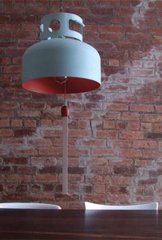Recicladecoracion: a Lamp from a Propane Container