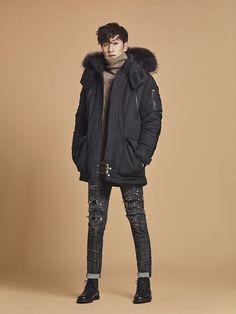8b6a2f9bf2 Lee Kwang Soo and Hello Veuns  Nara Endorse Buckaroo
