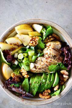 Fall Chicken Avocado Pear Salad Recipe Paleo Recipes Easy, Healthy Salad Recipes, Lunch Recipes, Dinner Recipes, Cooking Recipes, Paleo Meals, Avocado Recipes, Fall Recipes, Healthy Foods