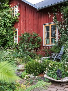result for wilder landscaping images Swedish Cottage, Red Cottage, Cozy Cottage, Outdoor Spaces, Outdoor Living, Scandinavian Garden, Deco Champetre, Red Houses, Landscaping Images
