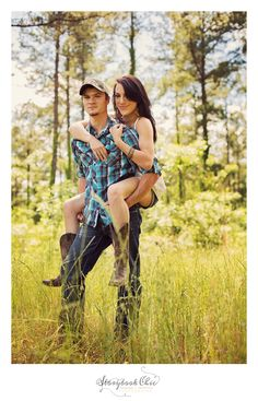 super cute country photo shoot for couples