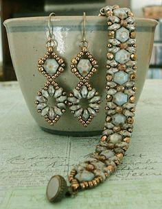 Linda's Crafty Inspirations: Tiny Honeycomb Earrings Variation