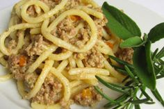 Ragù bianco toscano - Powered by Arancini, Italian Cooking, Tuscany Italy, Gnocchi, Carne, Nom Nom, Food And Drink, Beef, Rigatoni