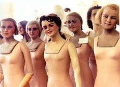 Afbeeldingsresultaat voor old mannequins