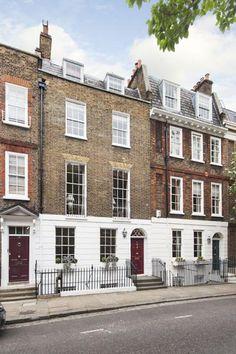 6 bedroom terraced house for sale in London, Cheyne Row, London Flats, Georgian Buildings, Living English, London Townhouse, Kensington And Chelsea, Terraced House, Town House, English Style, House Goals