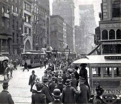 NYC. Lower Broadway, 1899. Lots of hats. Nice shot!