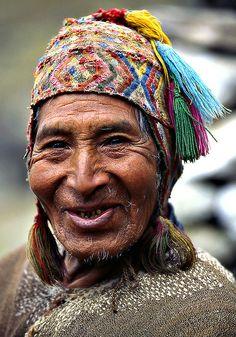 Peru by Sergio Pessolano. people photography, world people, faces Beautiful Smile, Beautiful World, Beautiful People, We Are The World, People Around The World, Photo Portrait, Portrait Photography, People Photography, Many Faces