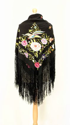 Vintage/antique black embroidered chinese piano shawl with colourful flowers and birds Vintage London, Thread Work, Bird Design, Embroidered Flowers, Colorful Flowers, Shawls, Vintage Antiques, Piano, Chinese