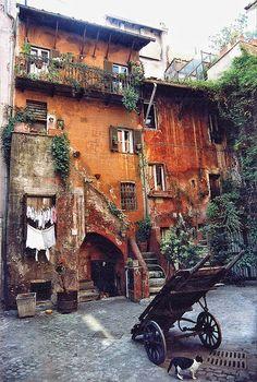 casa vecchia, trastevere, rome, lazio, italy.