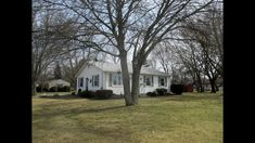 Under Agreement-Beautiful home for sale in Seekonk, MA.  Great open feel flowing easily from room to room.  Many features hardwood floors, large living room, nice 3 season room, central a/c. Perfectly placed on a half acre corner lot. Showings & details call, text, or email John 401-323-7853  john_zeitler@aol.com  www.lisaglowackirealestate.com  401-369-1766